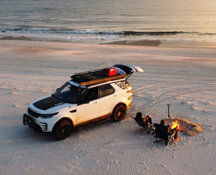 """2018 Land Rover Discovery HSE Off-road build with a 2"""" lift and 33 inch tires"""