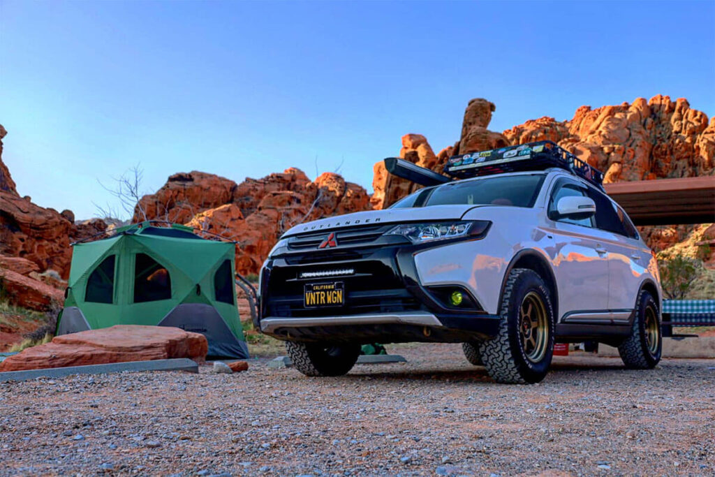 "Mitsubishi Outlander Thema 4x4 1.5"" lift kit (40mm) + King Springs"