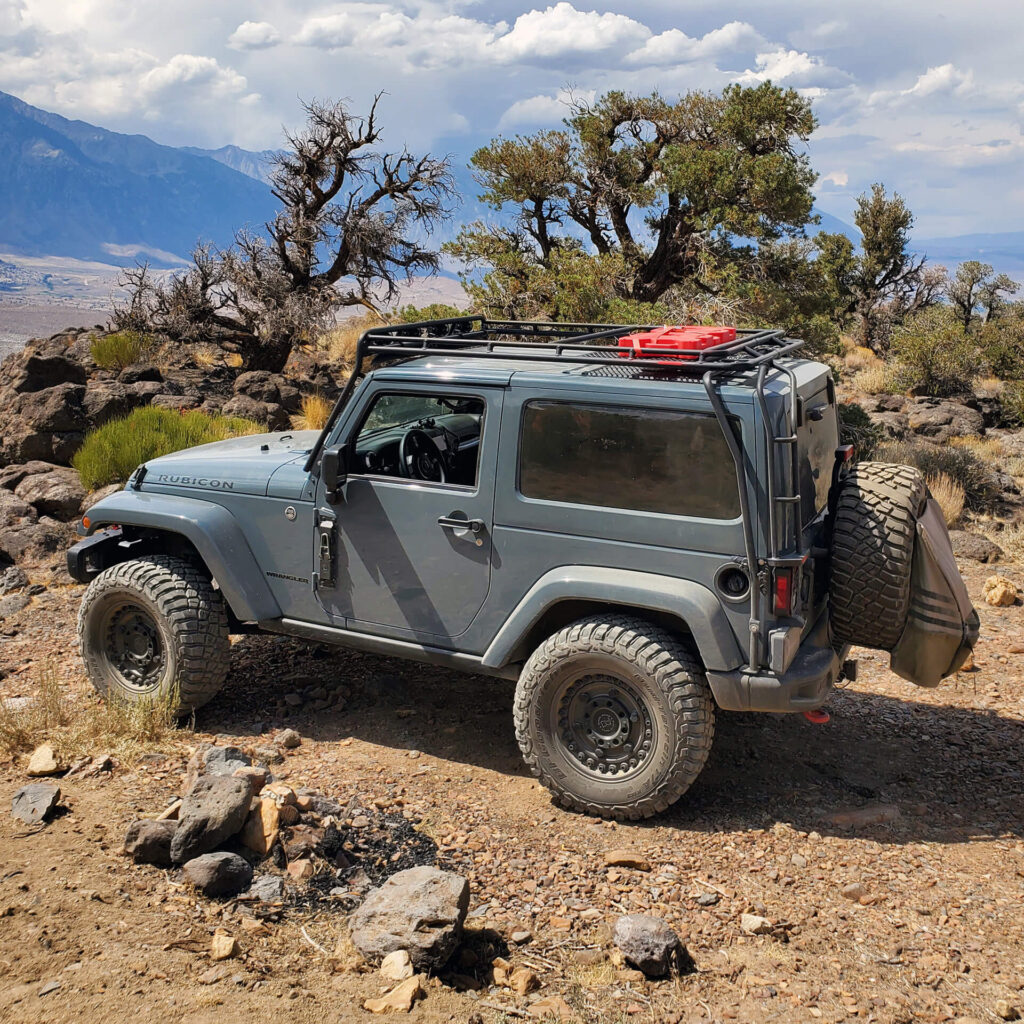 Simple & Functional – Lifted 2014 Jeep Wrangler Rubicon Built by a Purist