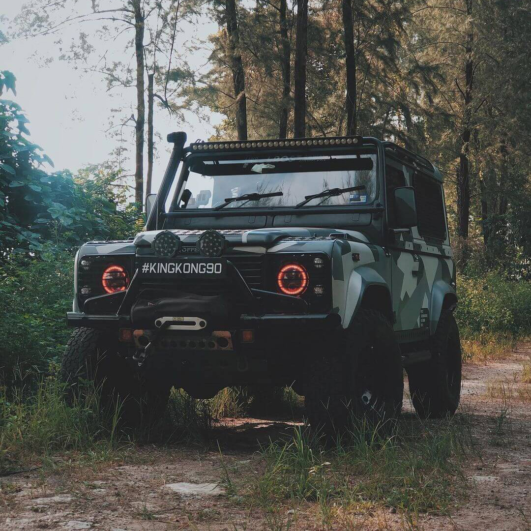 Lifted 2006 Land Rover Defender 90 TD5 – Camouflaged Beast from The Rainforest