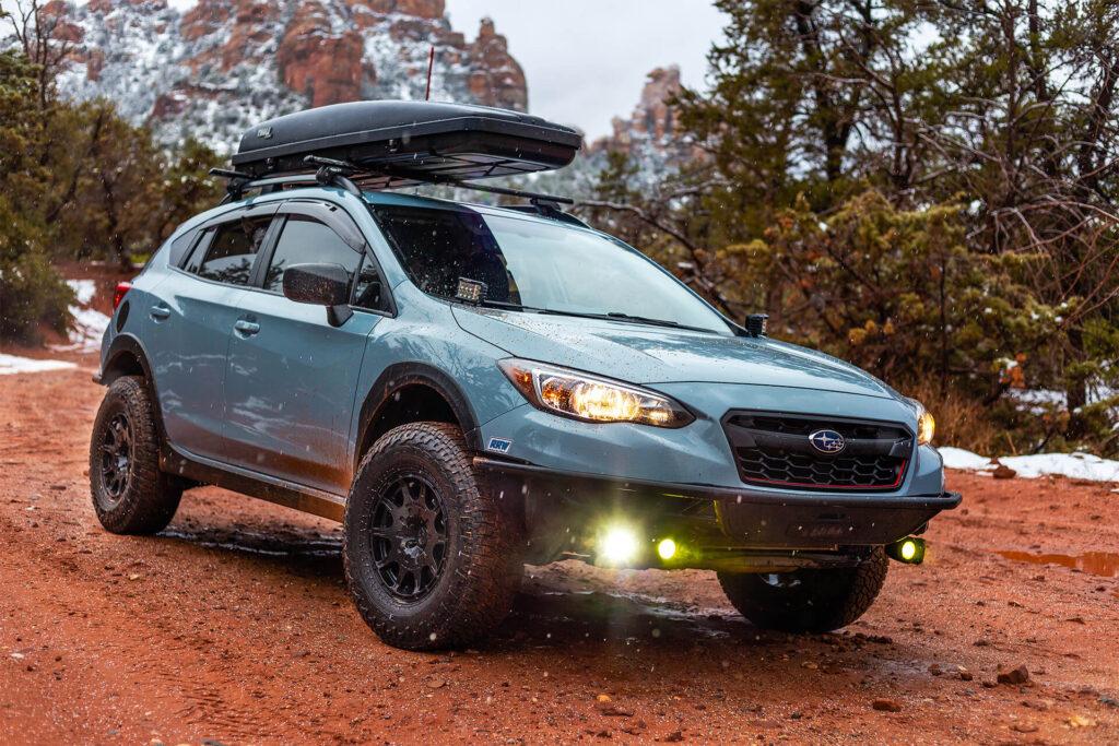 Subaru Crosstrek Off road build with tires and lift