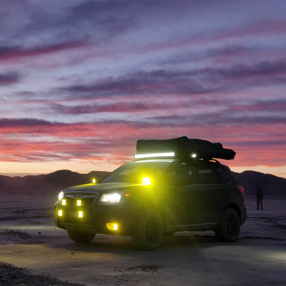 Stedi Australia 40.5″ ST2K Curved LED Light Bar and Baja Designs XL-R Sport LED Lights