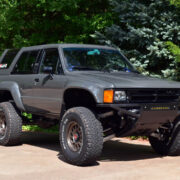 First-Generation Toyota 4Runner 33 inch tires and 5 inch lift