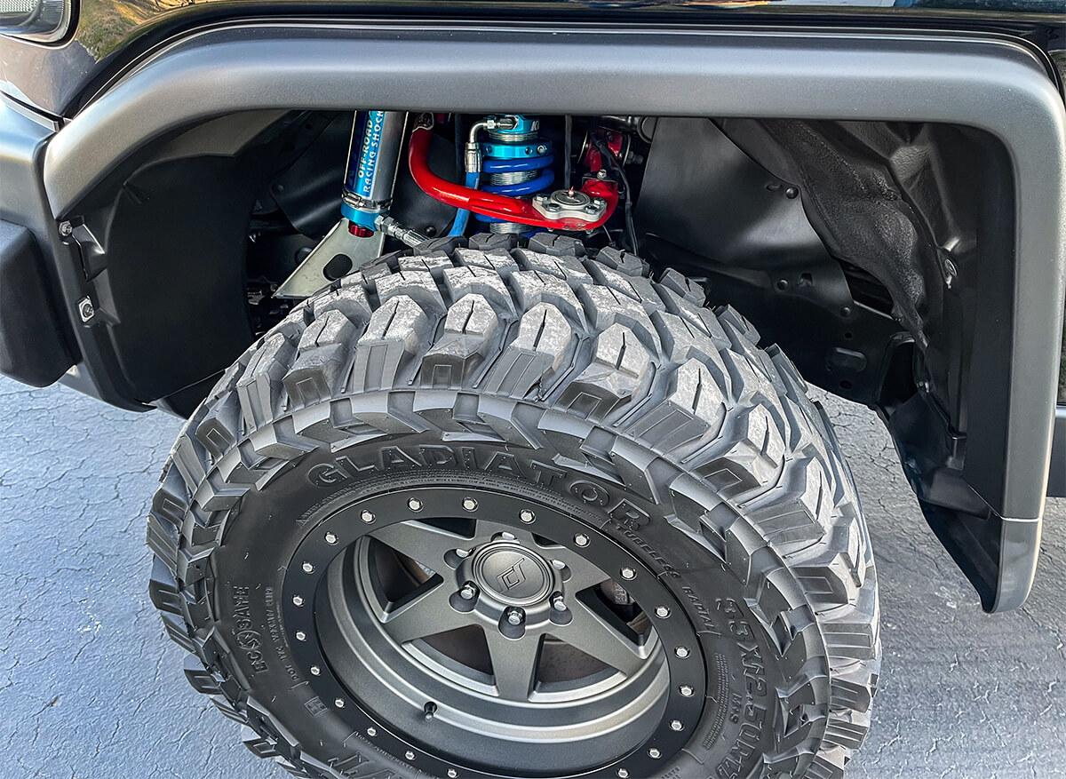 33x12.50r17 Gladiator X-Comp MT tires