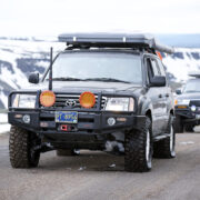 Toyota Land Cruiser deflated tires for off-roading