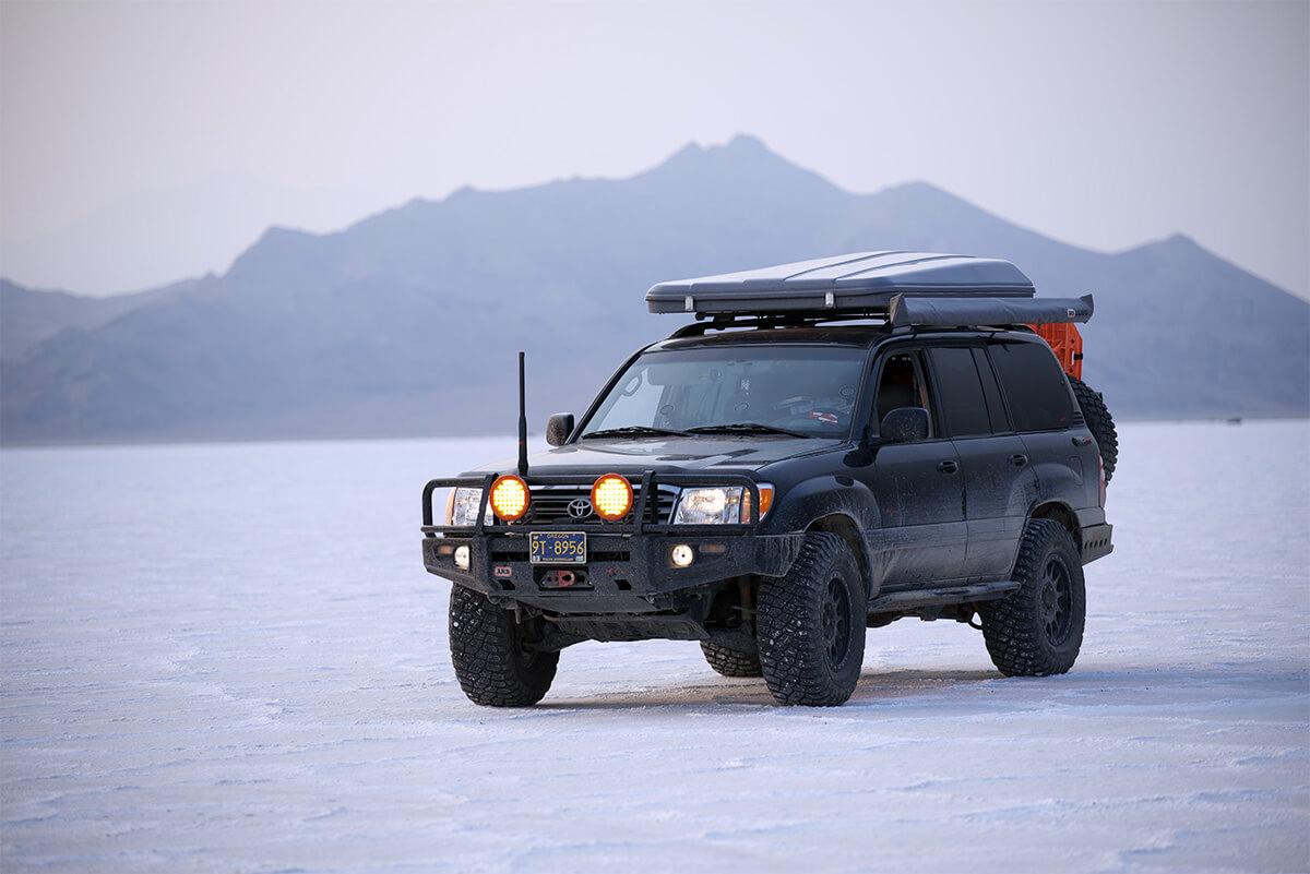 Lifted Toyota Land Cruiser 100 on salt flats