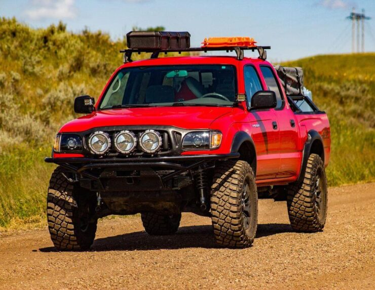Lifted 1st gen 2002 Toyota Tacoma Created for Making Great Memories