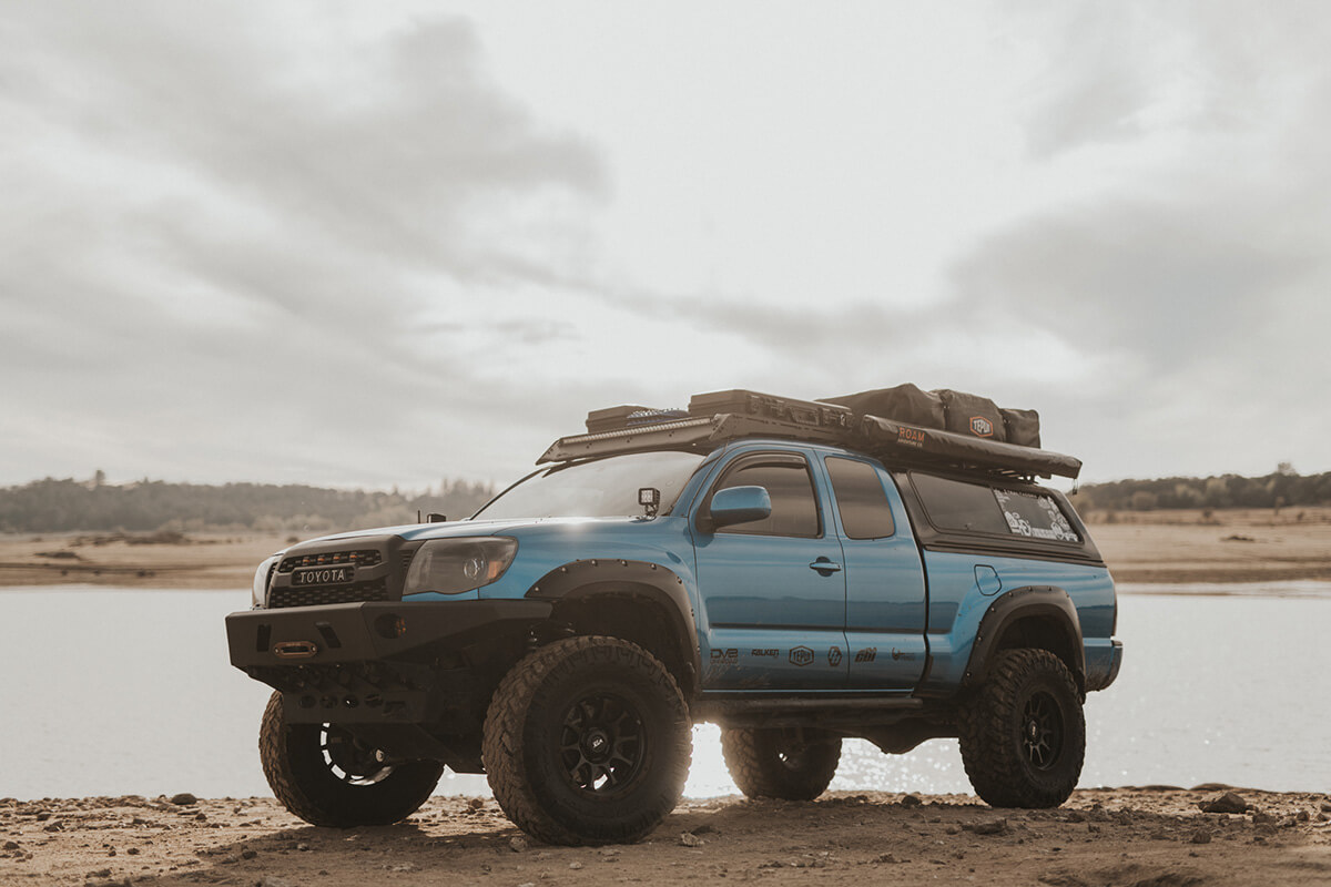 """Toyota Tacoma 6"""" RC lift with SPC UCAs (Upper control arms)"""