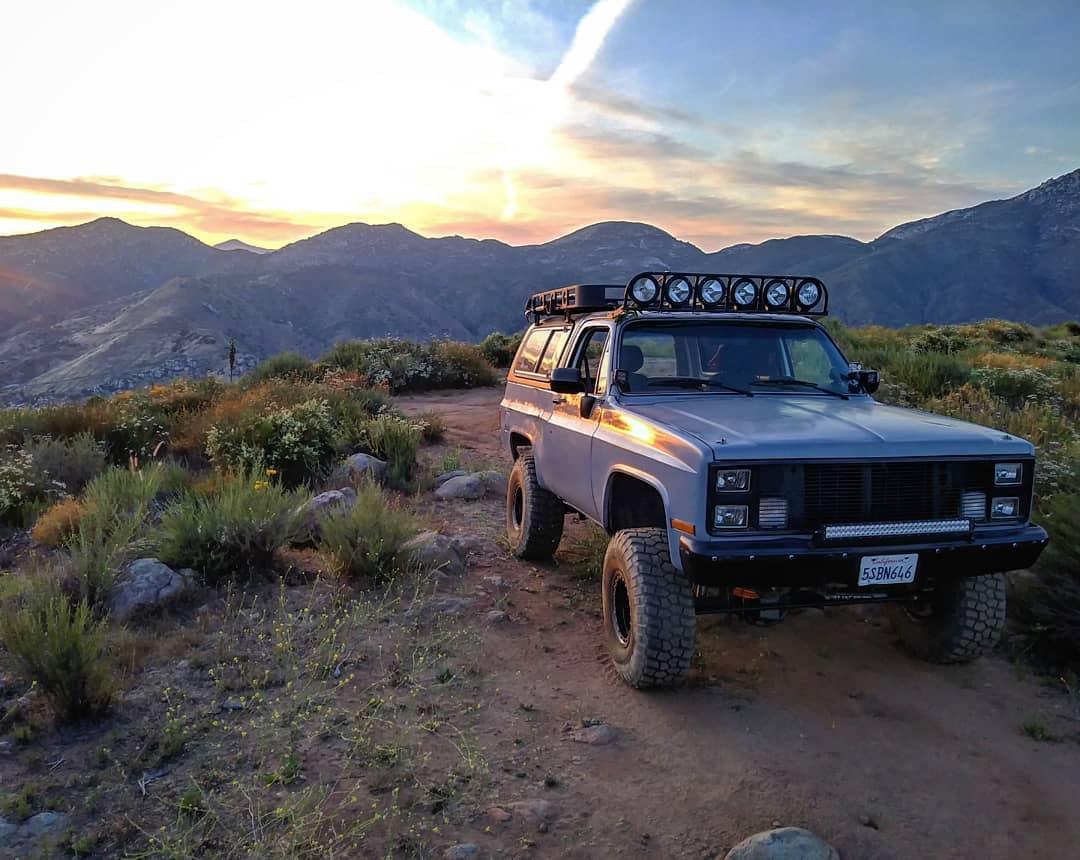Grey Chevy K5 Blazer Off-road