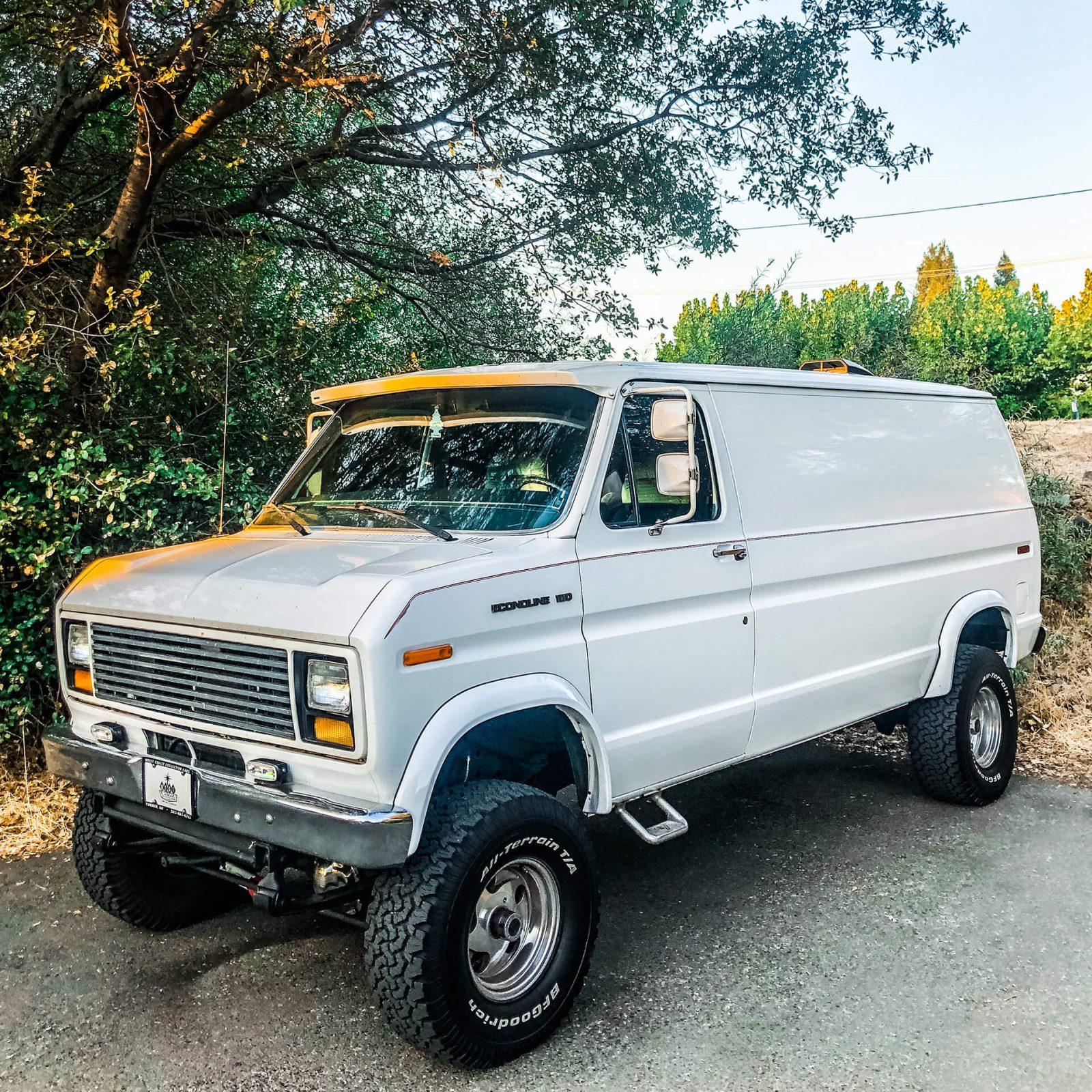Lifted 1990 Ford E150 Van – Classic Look with a Modern Twist