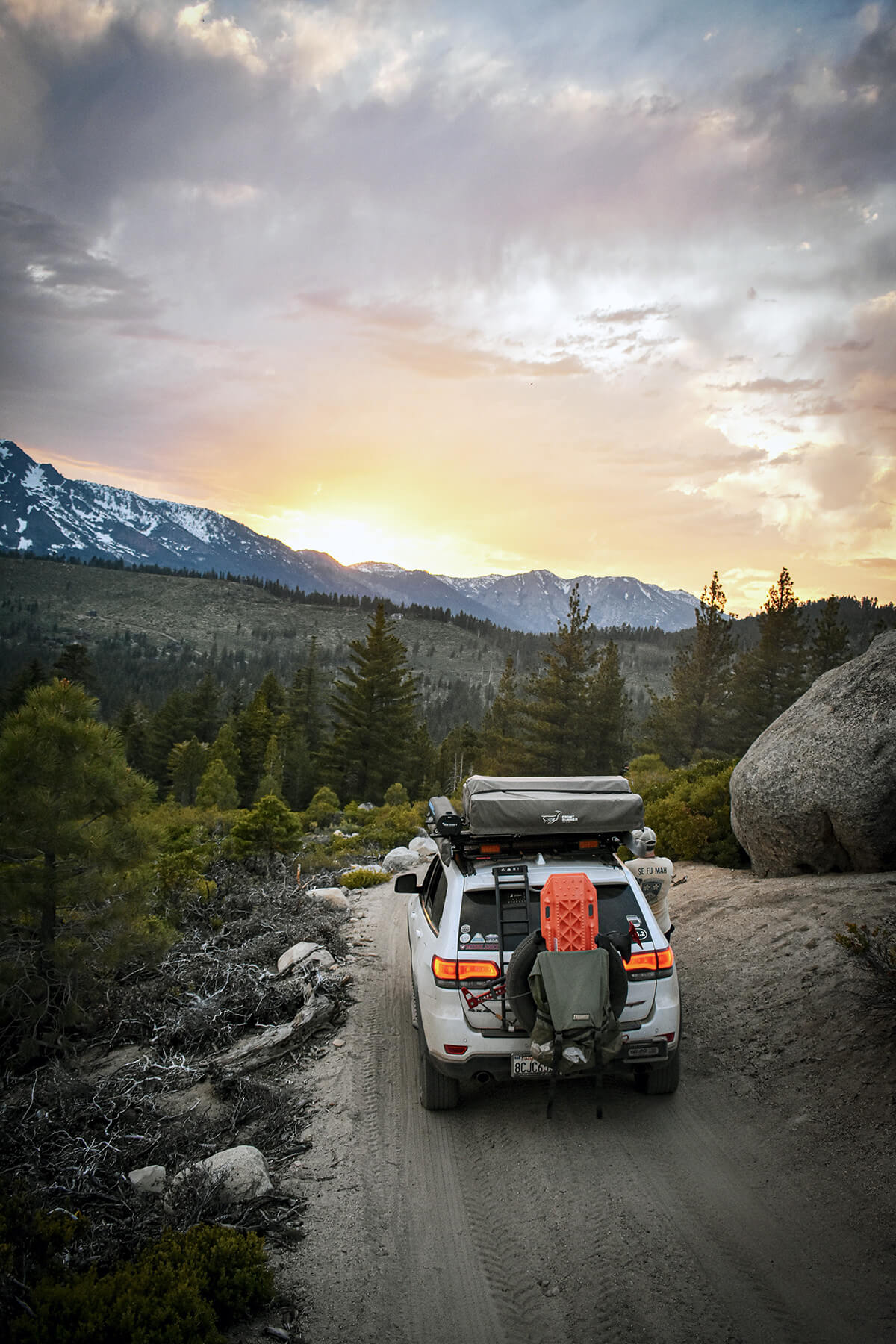 Jeep grand Cherokee Overland Camping with a spare tire