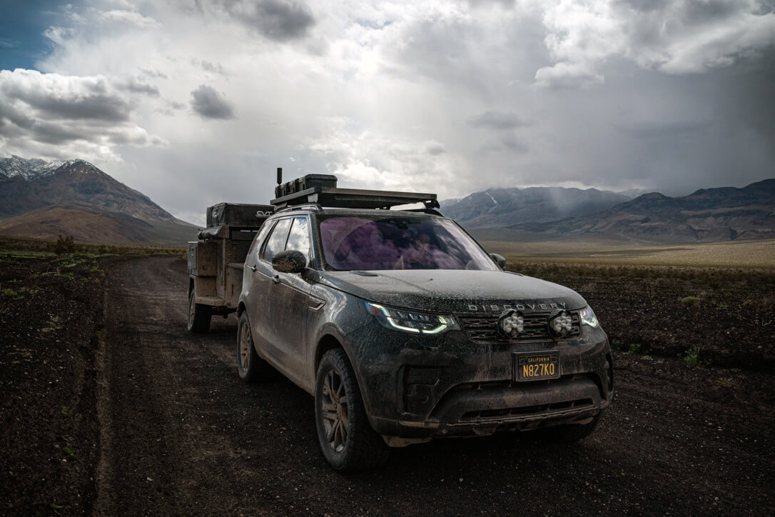 Off-roading the luxury suv - land rover Discovery