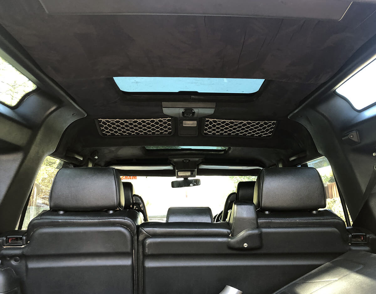 Land Rover Discovery 2 interior and cargo area