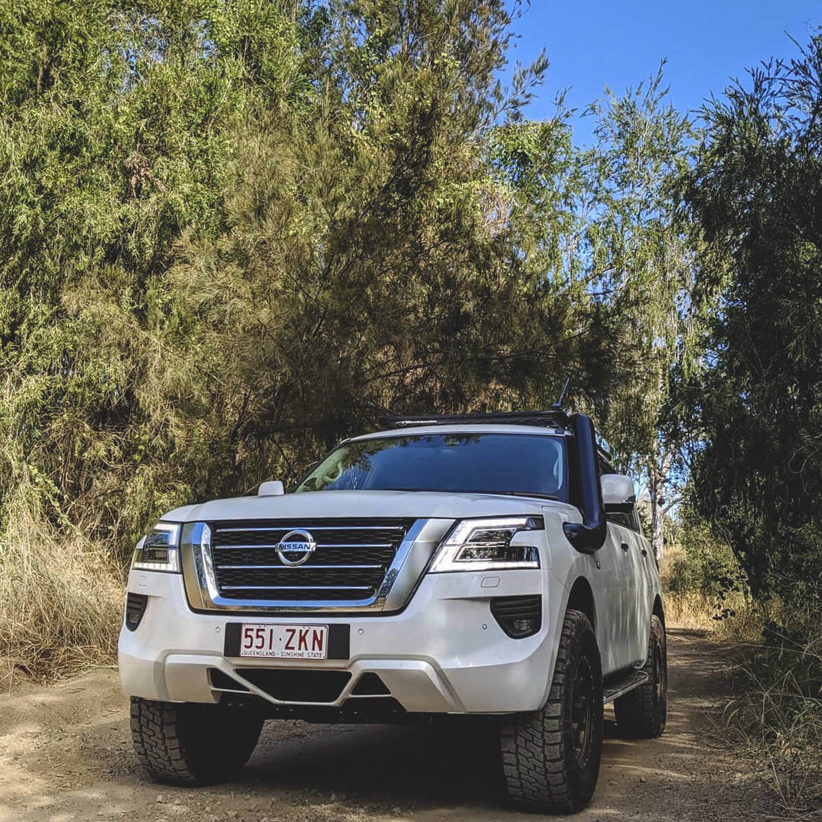 5″ Stainless steel snorkel on a Nissan Patrol Y62