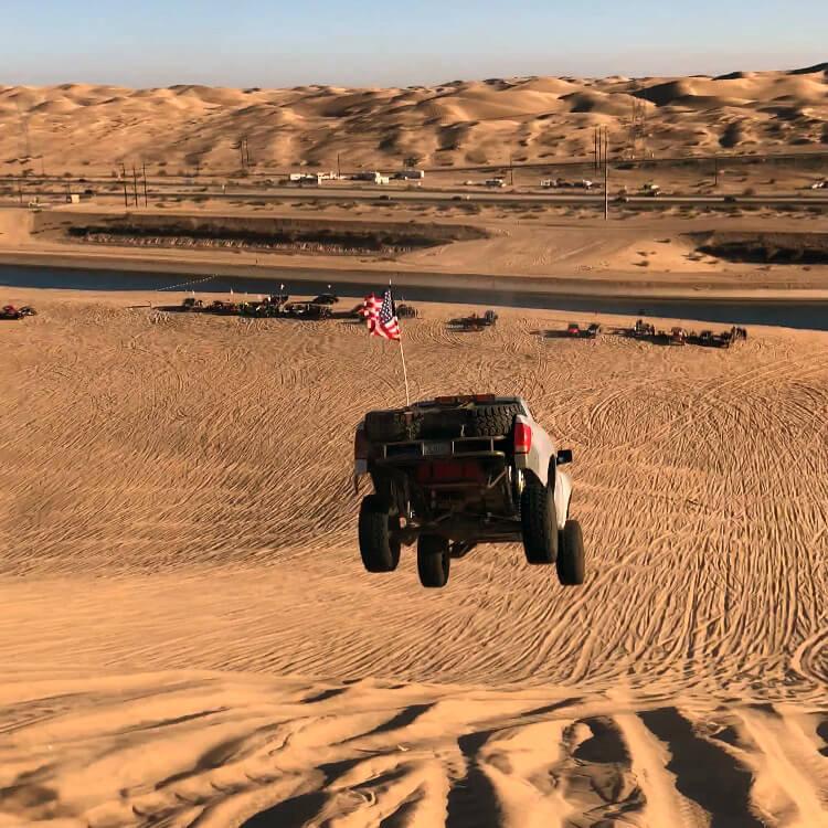 Nissan Titan pre runner desert truck