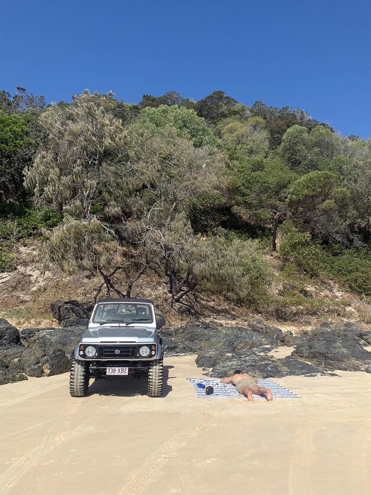 Beach 4x4 wheeling - Suzuki Sierra